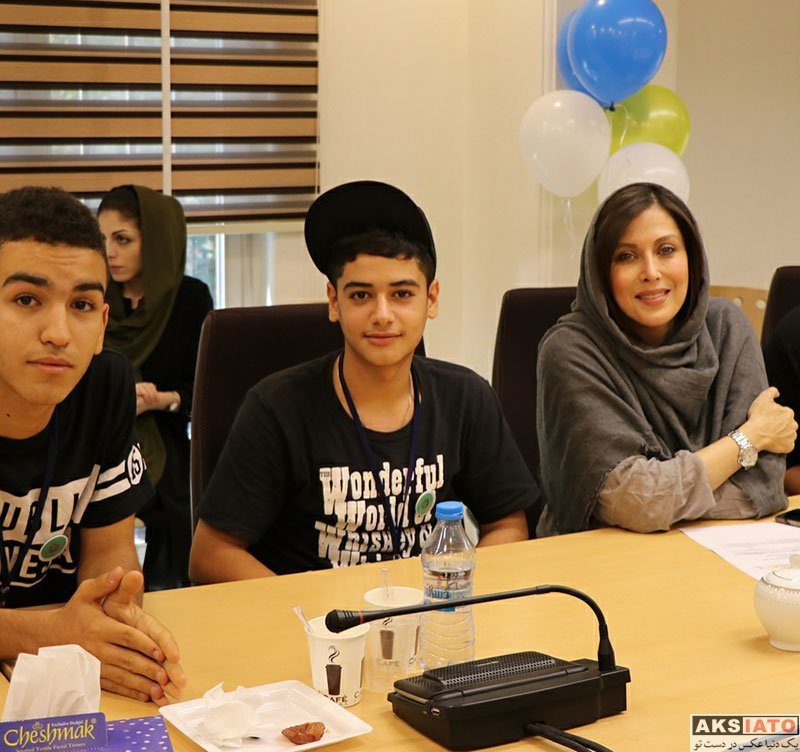 بازیگران بازیگران زن ایرانی  مهتاب کرامتی در دفتر یونیسف در تهران (4 عکس)