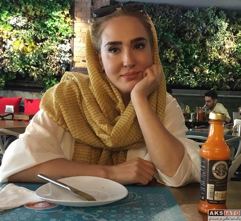 بازیگران بازیگران زن ایرانی  عکس های زهره فکور صبور در شهریور ماه 97 (8 تصویر)