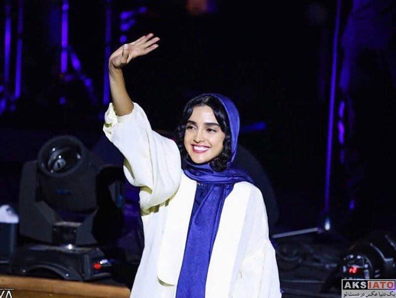 بازیگران بازیگران زن ایرانی  الهه حصاری در کنسرت آرش و مسیح (3 عکس)