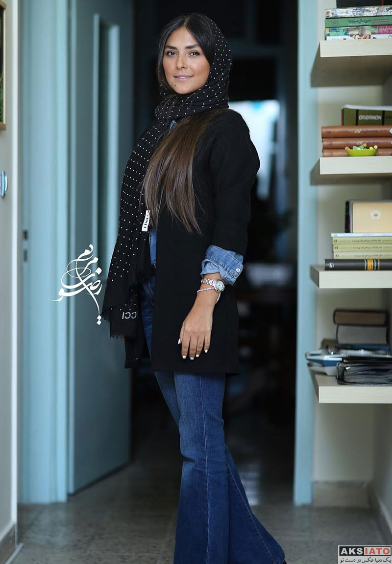 بازیگران بازیگران زن ایرانی  هدی زین العابدین در نشست رسانه ای فیلم عرق سرد (3 عکس)