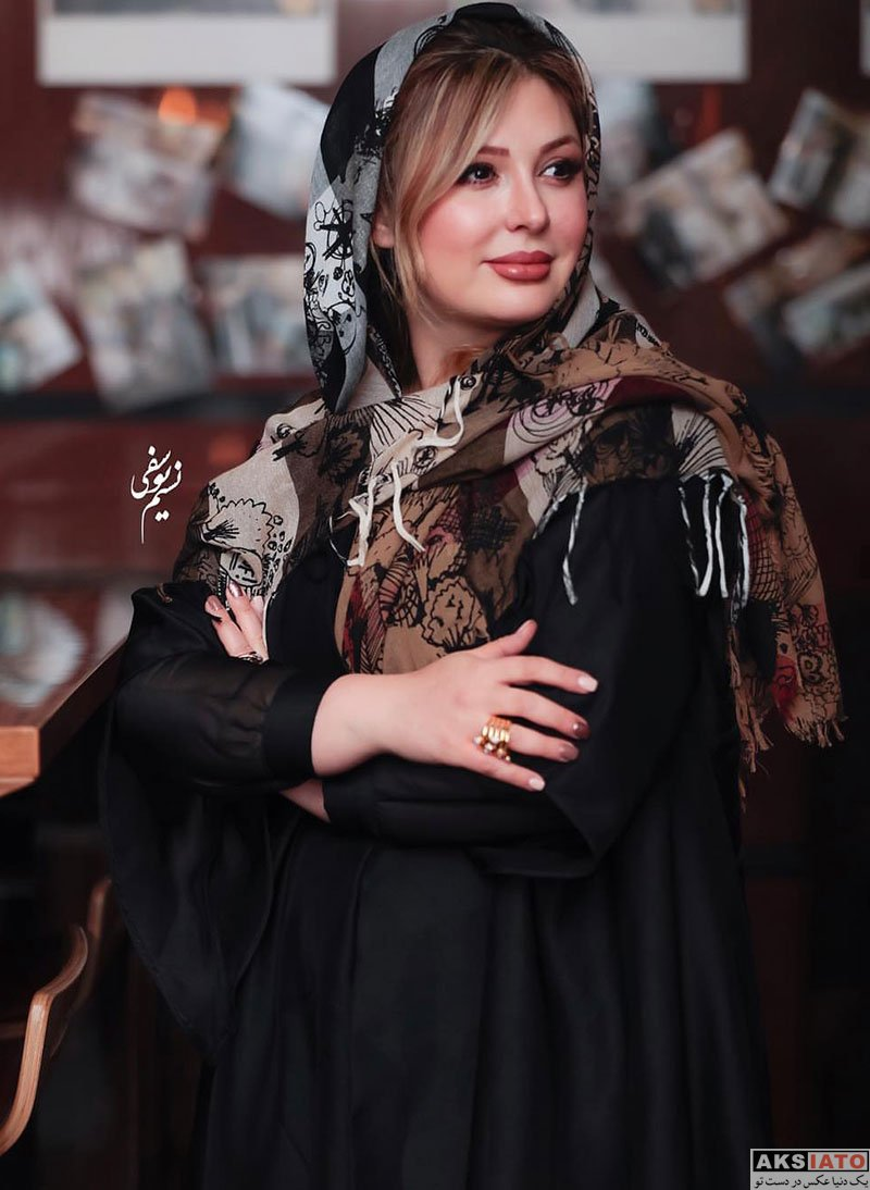 بازیگران بازیگران زن ایرانی  اکران مردمی فیلم هشتگ با حضور نیوشا ضیغمی (6 عکس)