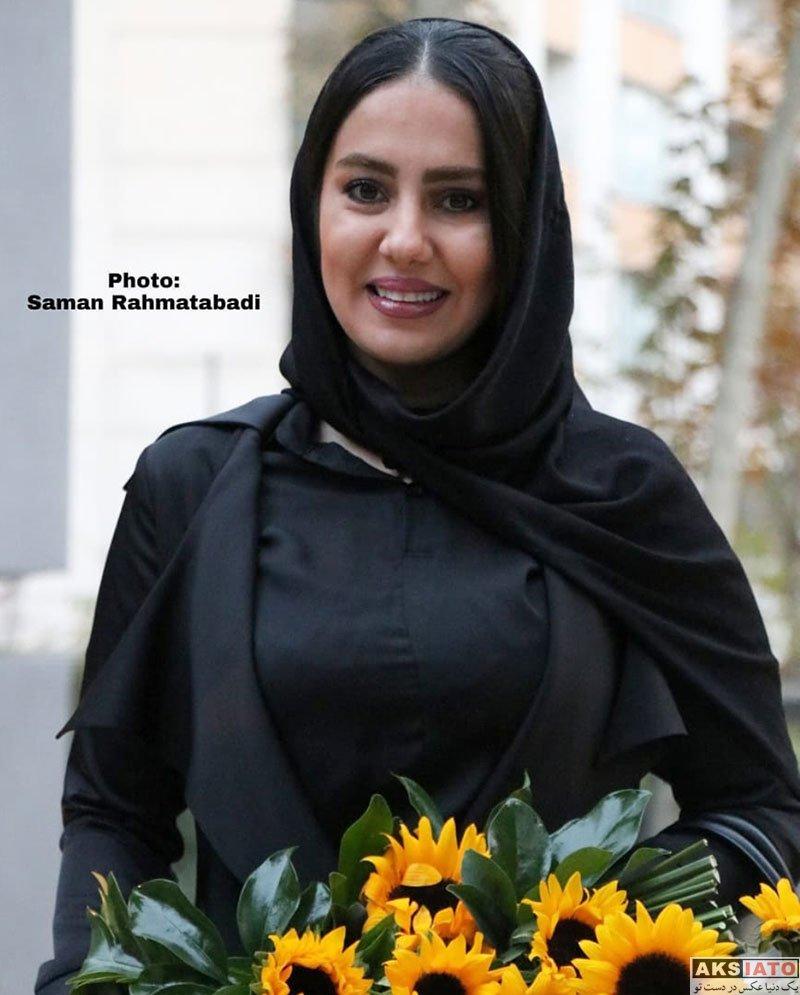 بازیگران بازیگران زن ایرانی  شیدا یوسفی در افتتاحیه نمایشگاه فصل من کجاست (4 عکس)