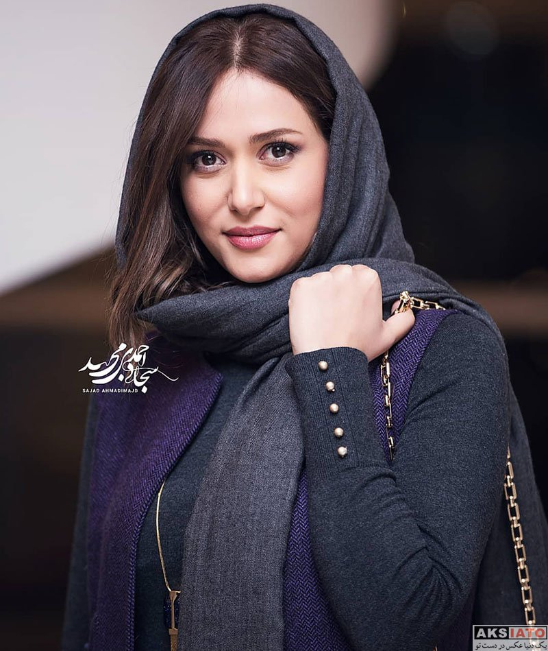 جشنواره فیلم فجر  پریناز ایزدیار در افتتاحیه سی و هفتمین جشنواره فیلم فجر (۴ عکس)
