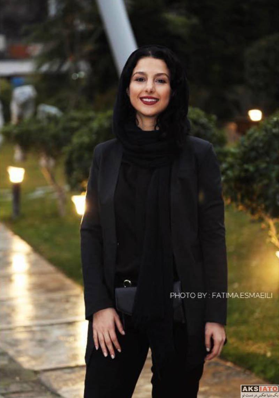 بازیگران بازیگران زن ایرانی  جوانه دلشاد در افتتاحیه نمایشگاه نقاشی آذرخش فراهانی (4 عکس)