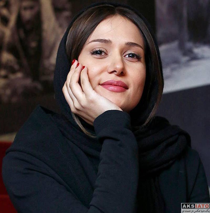 بازیگران جشنواره فیلم فجر  پریناز ایزدیار در روز نهم در سی و هفتمین جشنواره فیلم فجر (۴ عکس)