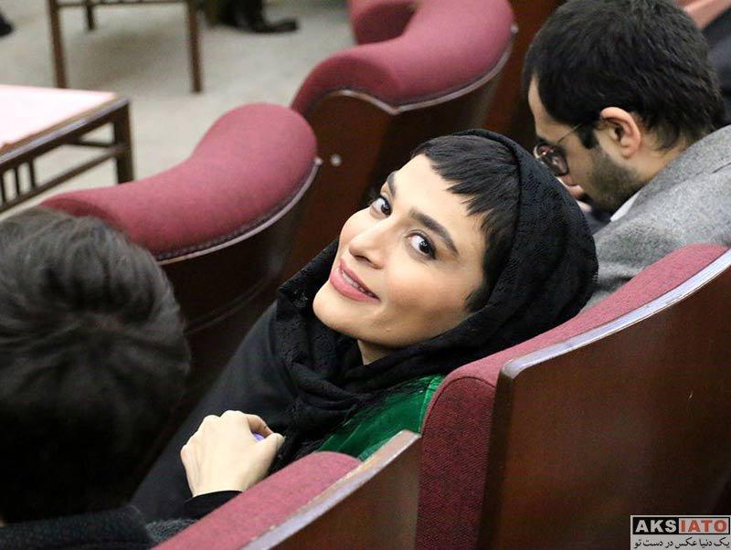 بازیگران بازیگران زن ایرانی  اندیشه فولادوند در دومین دوره جایزه ترانه افشین یداللهی (4 عکس)