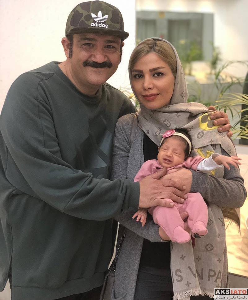 بازیگران مرد ایرانی خانوادگی  مهران غفوریان در کنار همسرش آرزو و دخترشان (2 عکس)
