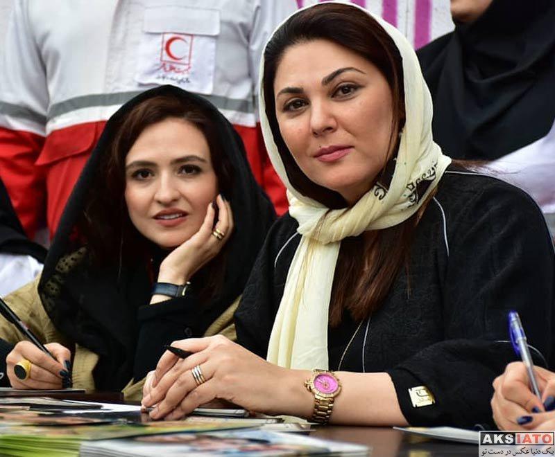 بازیگران بازیگران زن ایرانی  لاله اسکندری در مراسم جمع آوری کمک مالی برای سیل زدگان (۴ عکس)