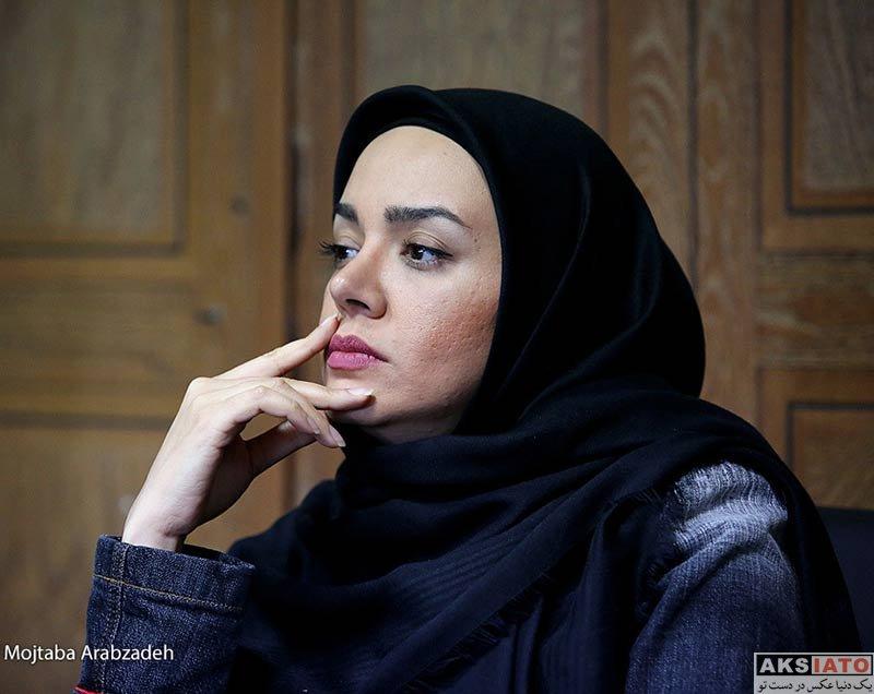 بازیگران بازیگران زن ایرانی  ندا قاسمی در نشست خبری سریال نون خ (4 عکس)