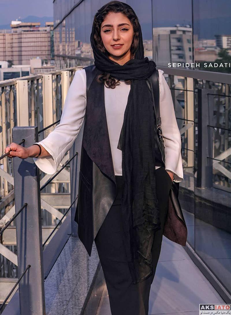 بازیگران بازیگران زن ایرانی جشنواره جهانی فیلم فجر  هستی مهدوی در سی و هفتمین جشنواره جهانی فیلم فجر (6 عکس)