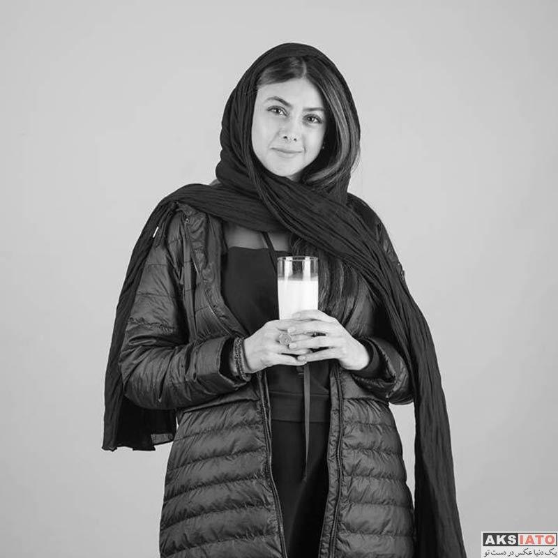 بازیگران بازیگران زن ایرانی  عکس های آزاده صمدی در اردیبهشت ماه 98 (10 تصویر)