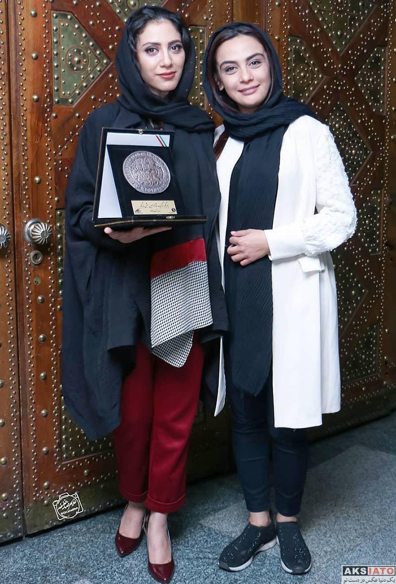 بازیگران بازیگران زن ایرانی  مونا فرجاد در مراسم جشن بازیگر خانه تئاتر (۳ عکس)