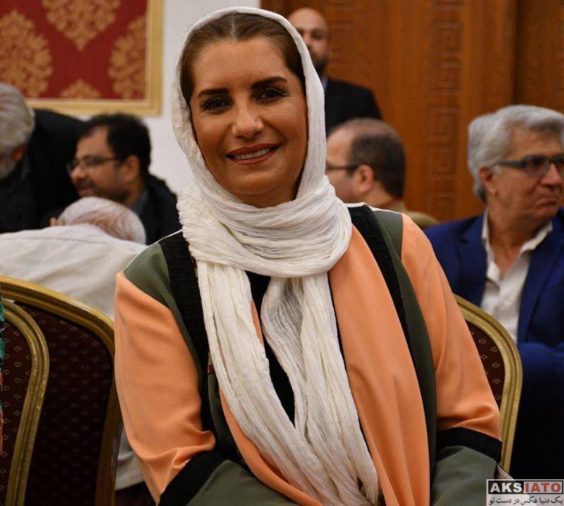 بازیگران بازیگران زن ایرانی  فریبا کوثری در هجدهمین جشن مدیران تولید سینما (3 عکس)
