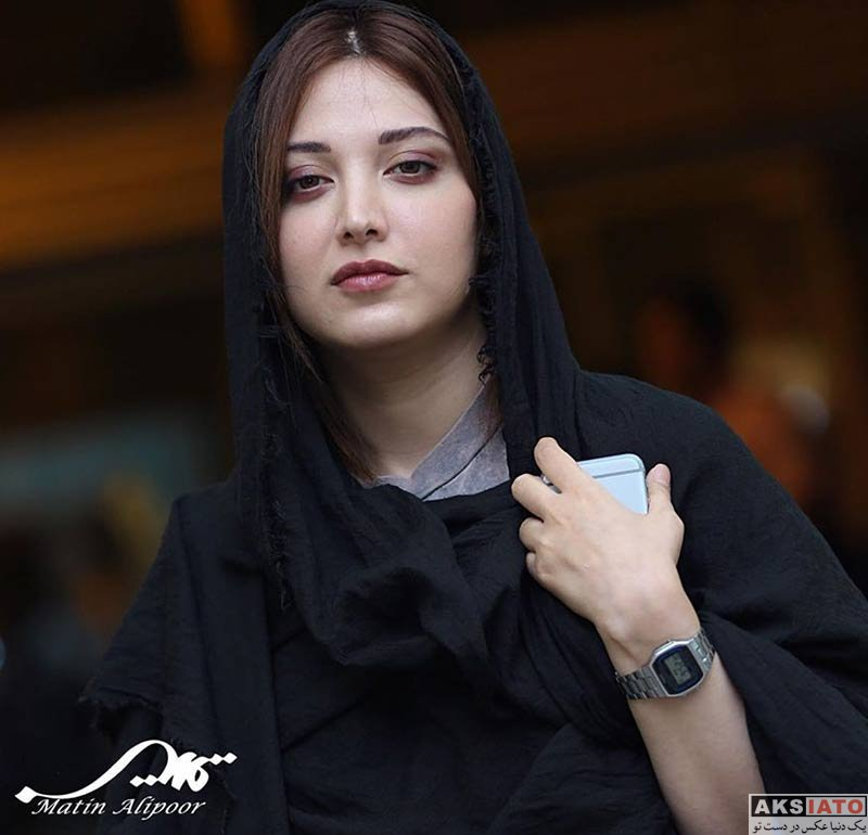 بازیگران بازیگران زن ایرانی  روشنک گرامی در کنسرت نیما رئیسی (3 عکس)