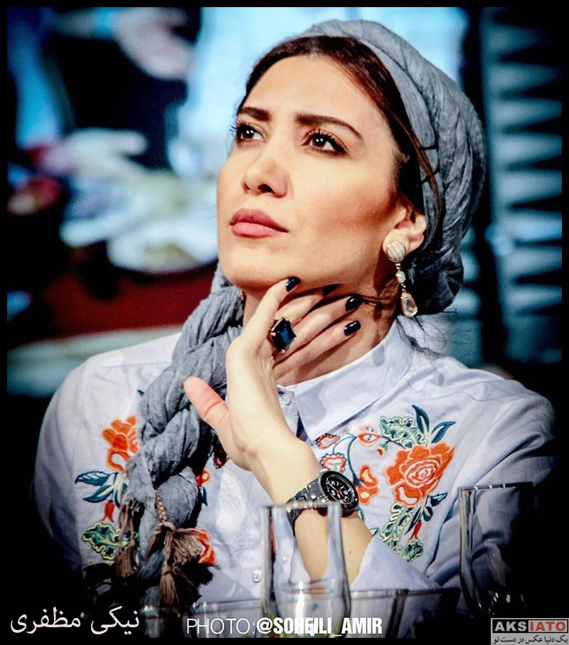 بازیگران بازیگران زن ایرانی  نیکی مظفری در نمایش نیمه تاریک ماه (6 عکس)