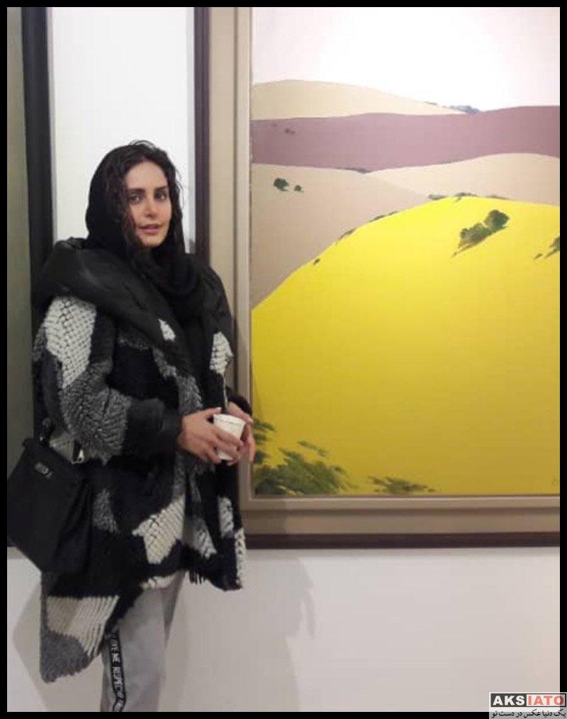 الناز شاکردوست در نمایشگاهی علی اکبر صادقی (۳ عکس) - عکسیاتو
