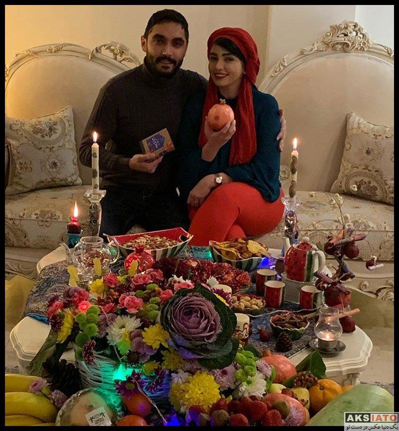 بازیگران بازیگران زن ایرانی خانوادگی  سیما خضر آبادی در کنار همسرش در شب یلدا 98 (2 عکس)