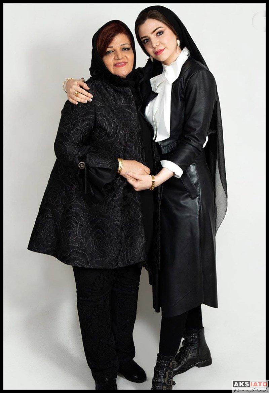 عکس آتلیه و استودیو  عکس های آتلیه آوا دارویت به همراه مادرش