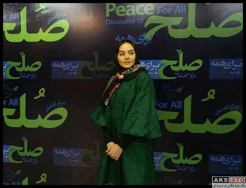 بازیگران بازیگران زن ایرانی  ندا قاسمی در مراسم تجلیل از عوامل سریال نون خ (4 عکس)