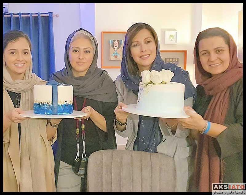 بازیگران بازیگران زن ایرانی جشن تولد ها  جشن تولد 50 سالگی مهتاب کرامتی در کنار دوستانش (4 عکس)